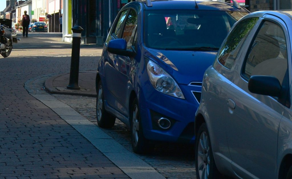 Parking support for town centre reintroduced for residents during Tier 4
