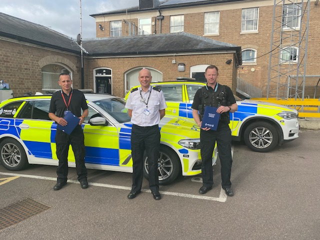 Officers receive award for their part in arresting criminal gang for a £450,000 theft